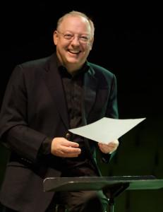 Mozart Symphony conductor Nicholas McGegan