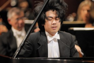 Sean Chen at piano